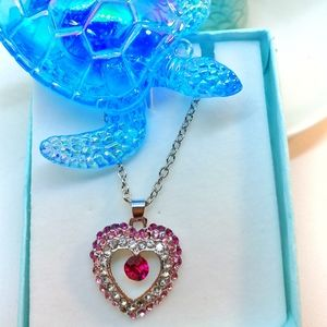 Jewelry - 🆕 Austrian Crystal Heart Necklace